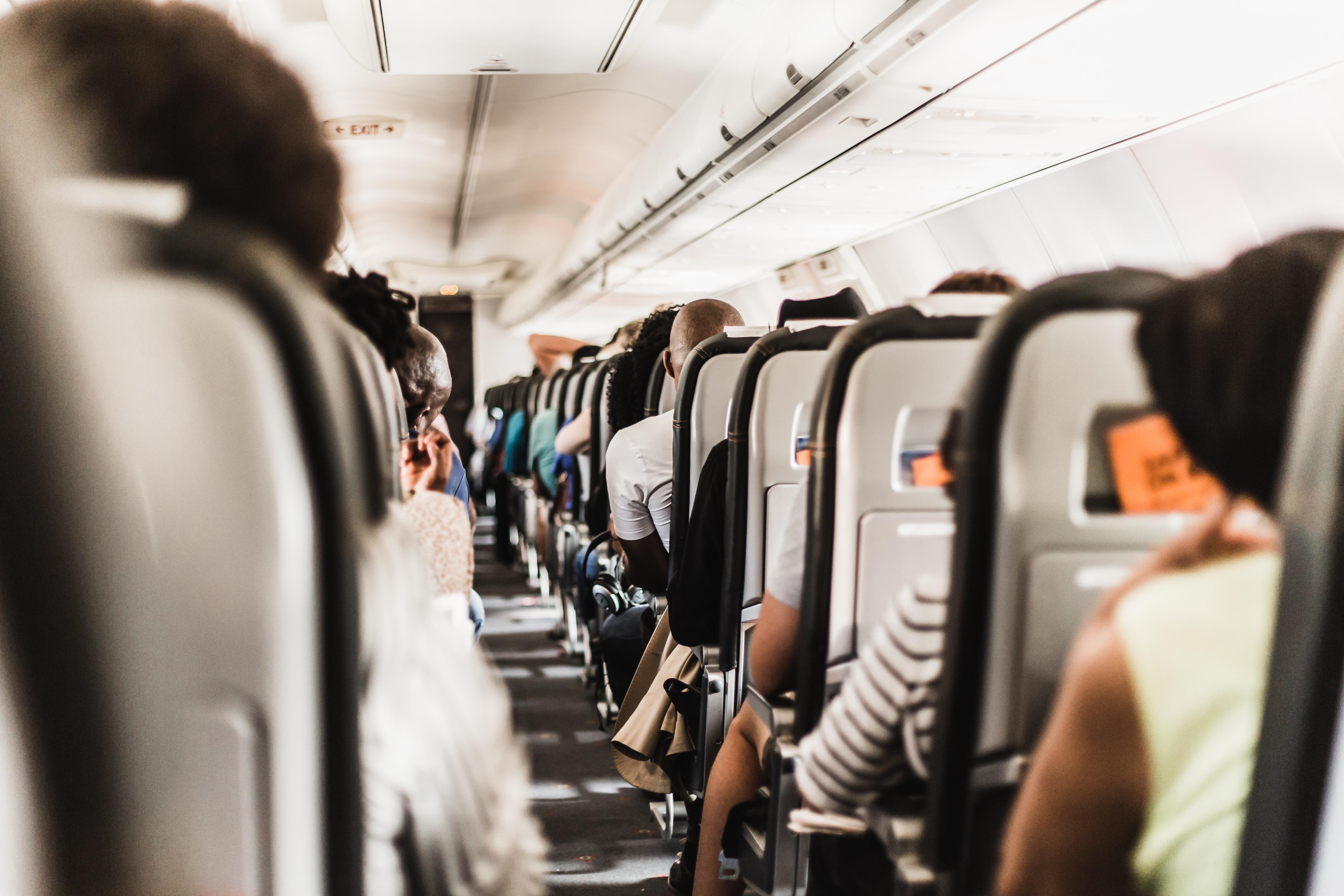 Несколько причин, почему деловому путешественнику не стоит работать во время полета