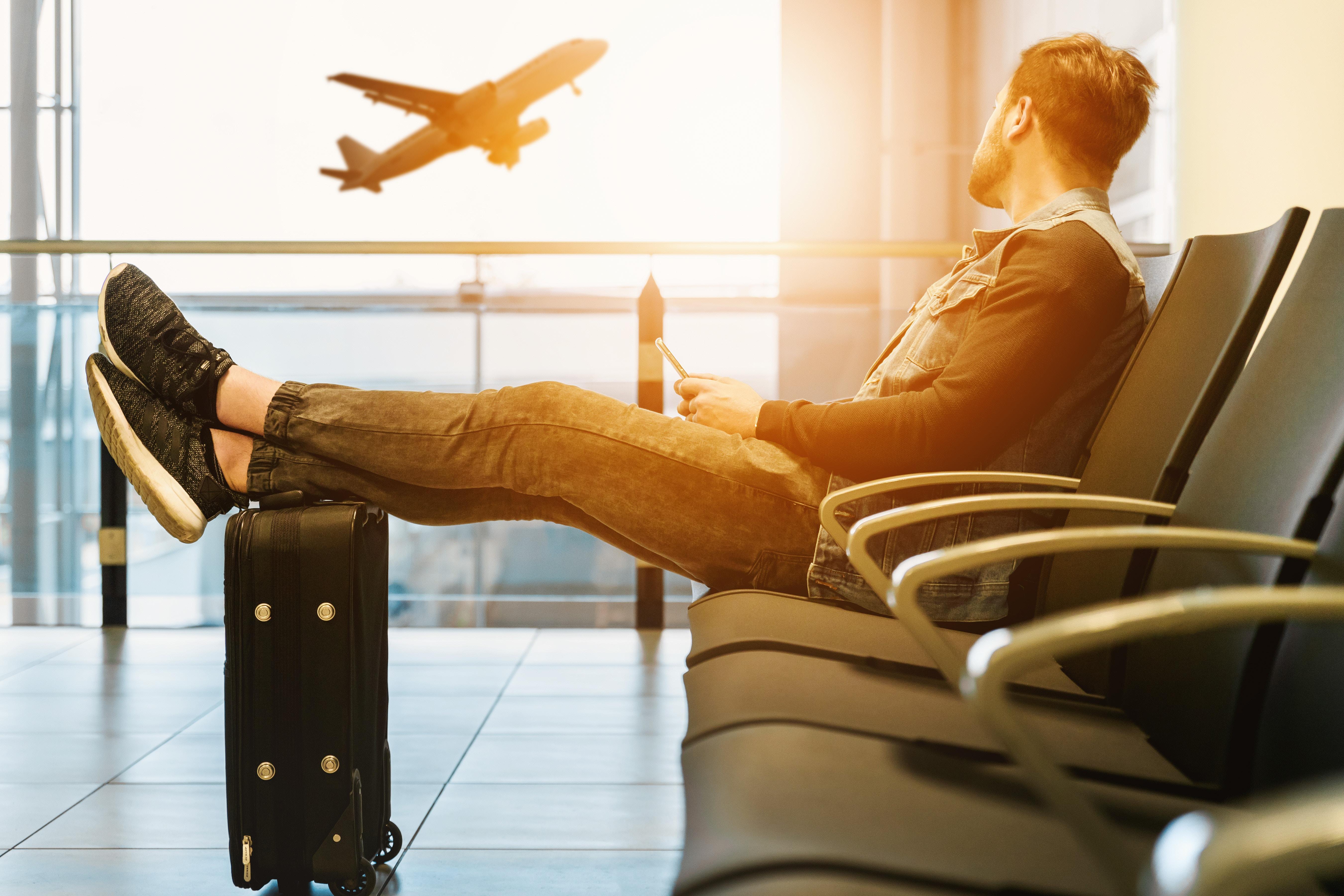 В аэропорту Гонконга откроется самый крупный в Азии зал ожидания для деловых путешественников